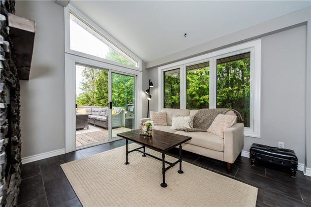 Detached at 256 Parkway Dr W, Milton, Ontario. Image 15