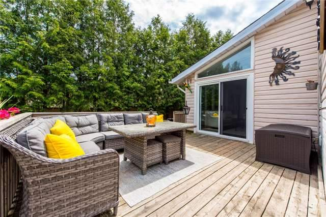 Detached at 256 Parkway Dr W, Milton, Ontario. Image 7