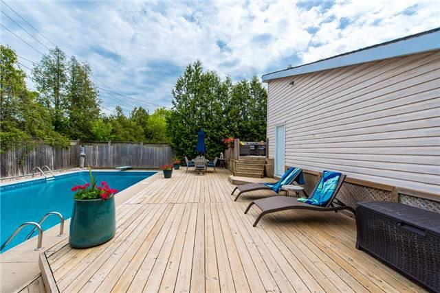 Detached at 256 Parkway Dr W, Milton, Ontario. Image 8