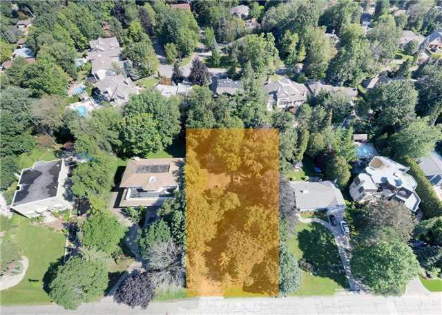 Detached at 72 Thorncrest Rd, Toronto, Ontario. Image 7