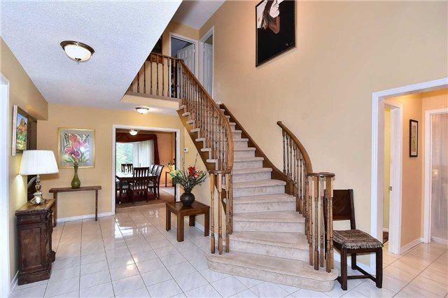 Detached at 45 St Michaels Cres, Caledon, Ontario. Image 7
