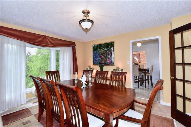 Detached at 45 St Michaels Cres, Caledon, Ontario. Image 10