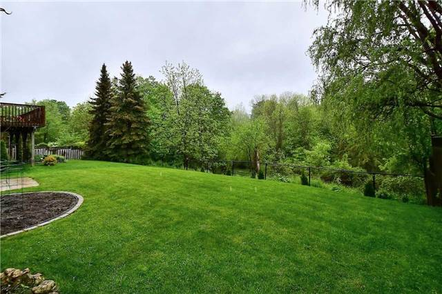 Detached at 45 St Michaels Cres, Caledon, Ontario. Image 5