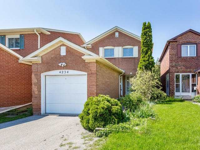 Detached at 4234 Sawmill Valley Dr, Mississauga, Ontario. Image 1