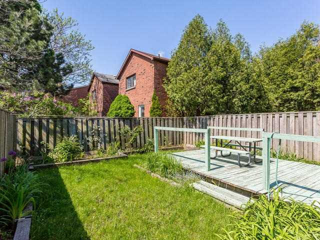 Detached at 4234 Sawmill Valley Dr, Mississauga, Ontario. Image 11