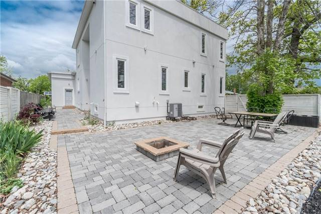 Detached at 338 Woodale Ave, Oakville, Ontario. Image 14