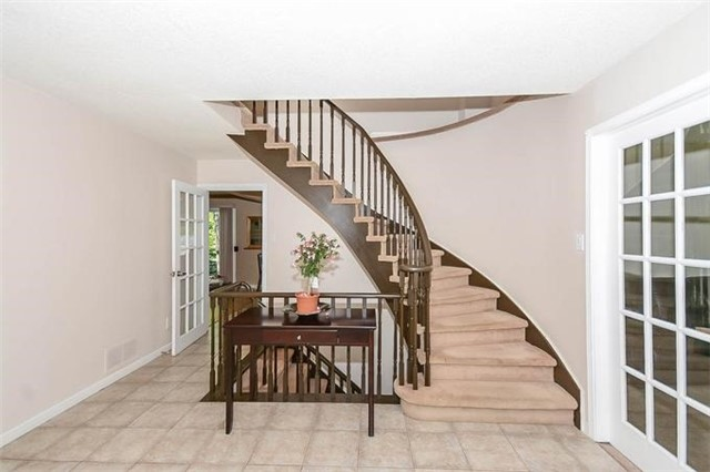 Detached at 7 Alanavale Rd, Caledon, Ontario. Image 12