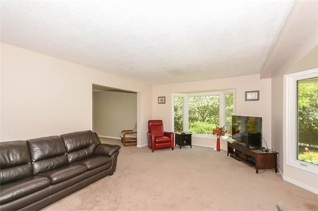 Detached at 7 Alanavale Rd, Caledon, Ontario. Image 14