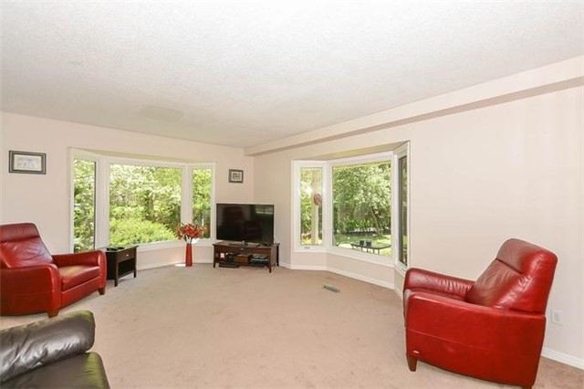 Detached at 7 Alanavale Rd, Caledon, Ontario. Image 15