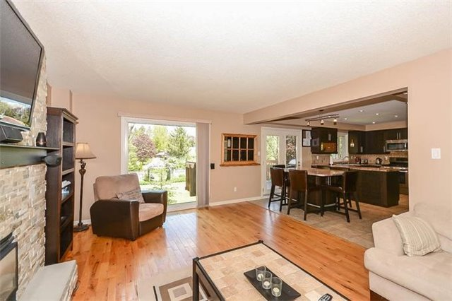 Detached at 7 Alanavale Rd, Caledon, Ontario. Image 18