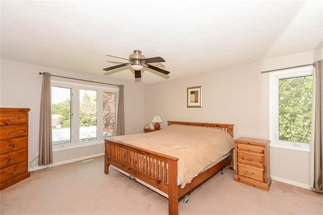 Detached at 7 Alanavale Rd, Caledon, Ontario. Image 3