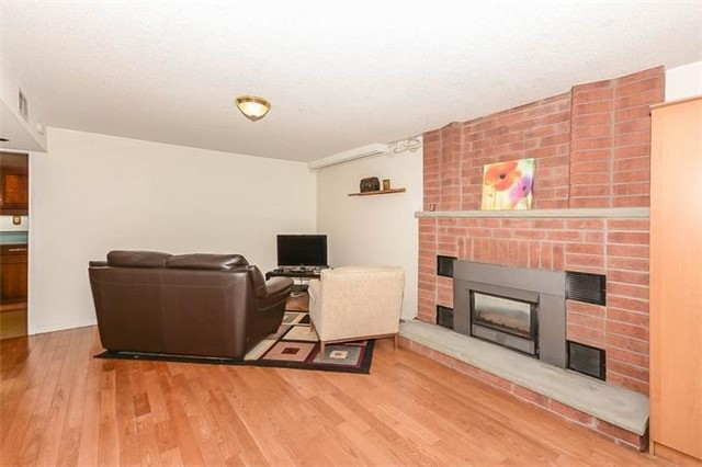 Detached at 7 Alanavale Rd, Caledon, Ontario. Image 8
