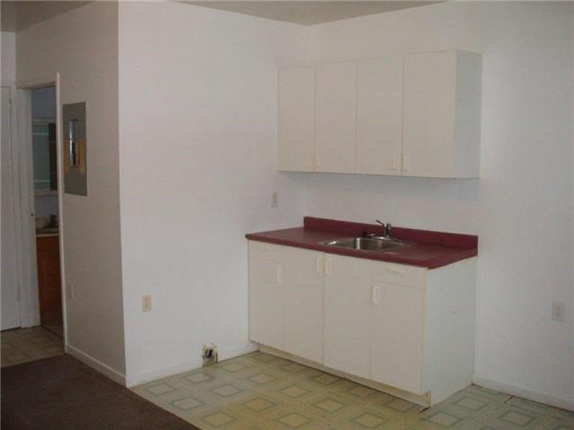 Condo Apartment at 61 Town Line, Unit 105, Orangeville, Ontario. Image 5