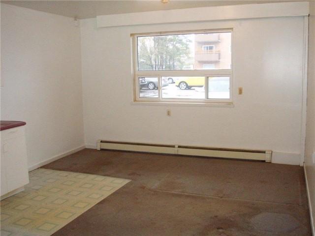 Condo Apartment at 61 Town Line, Unit 105, Orangeville, Ontario. Image 9
