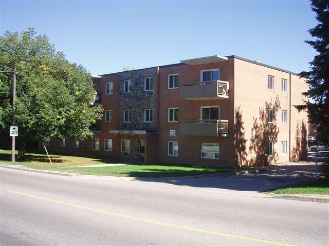 Condo Apartment at 61 Town Line, Unit 105, Orangeville, Ontario. Image 11