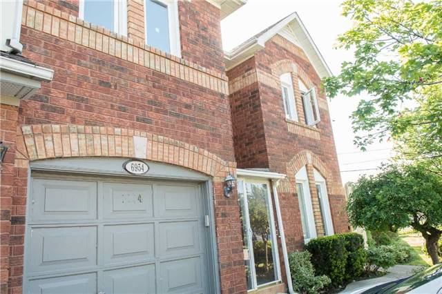 Townhouse at 6954 Guardian Crt, Mississauga, Ontario. Image 8