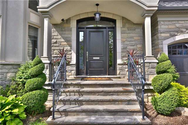 Detached at 285 Winterborne Gate, Mississauga, Ontario. Image 12