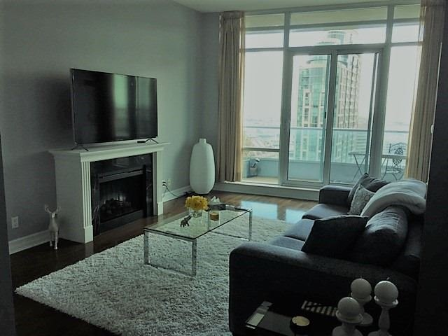 Condo Apartment at 1 Elm Dr, Unit Mp 3006, Mississauga, Ontario. Image 16