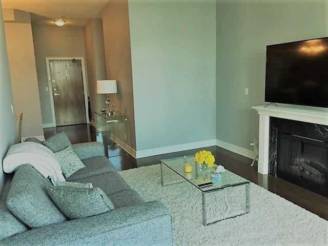 Condo Apartment at 1 Elm Dr, Unit Mp 3006, Mississauga, Ontario. Image 17