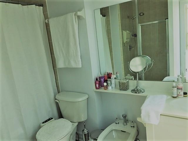 Condo Apartment at 1 Elm Dr, Unit Mp 3006, Mississauga, Ontario. Image 2