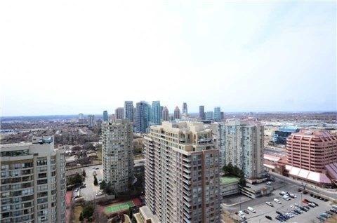 Condo Apartment at 1 Elm Dr, Unit Mp 3006, Mississauga, Ontario. Image 6