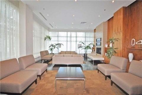 Condo Apartment at 1 Elm Dr, Unit Mp 3006, Mississauga, Ontario. Image 8