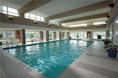 Condo Apartment at 1 Elm Dr, Unit Mp 3006, Mississauga, Ontario. Image 9