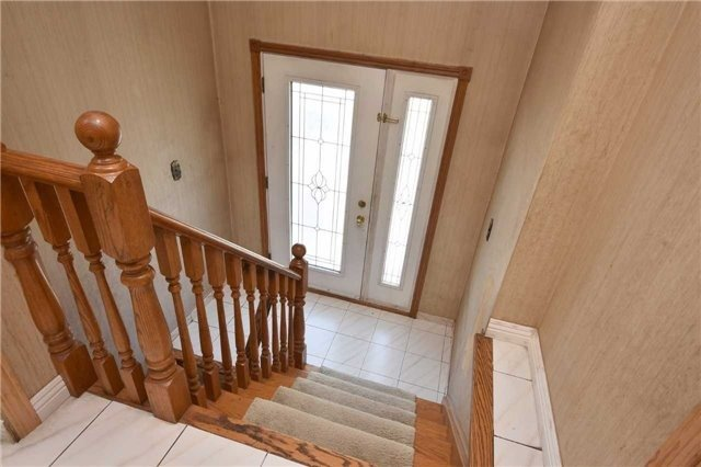 Semi-detached at 7661 Wildfern Rd, Mississauga, Ontario. Image 12