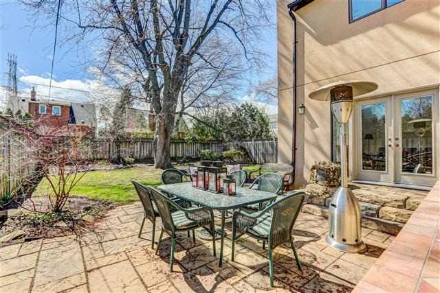Detached at 28 Appledale Rd, Toronto, Ontario. Image 10