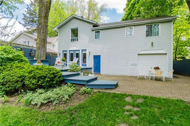 Detached at 924 Meadow Wood Rd, Mississauga, Ontario. Image 12