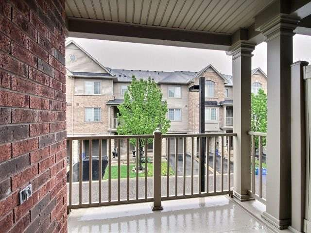 Townhouse at 628 Budgeon Common, Burlington, Ontario. Image 5
