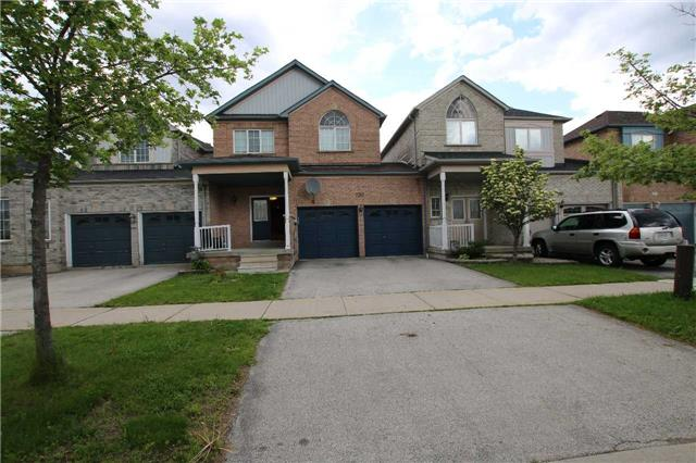 Townhouse at 7317 Bellshire Gate, Mississauga, Ontario. Image 1