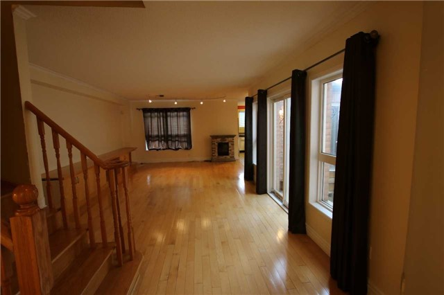 Townhouse at 7317 Bellshire Gate, Mississauga, Ontario. Image 15