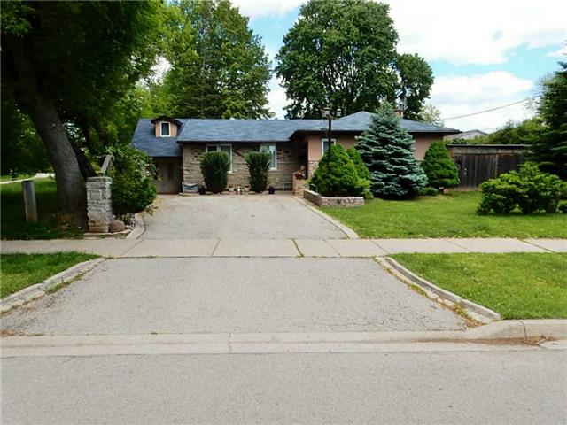 Detached at 491 Woodview Rd, Burlington, Ontario. Image 1