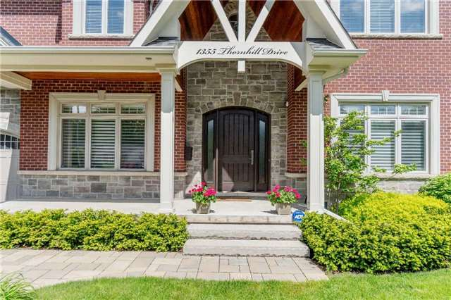Detached at 1355 Thornhill Dr, Oakville, Ontario. Image 12