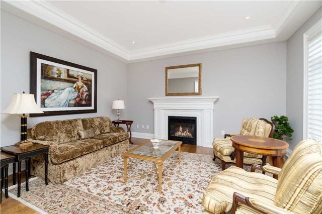 Detached at 1355 Thornhill Dr, Oakville, Ontario. Image 14