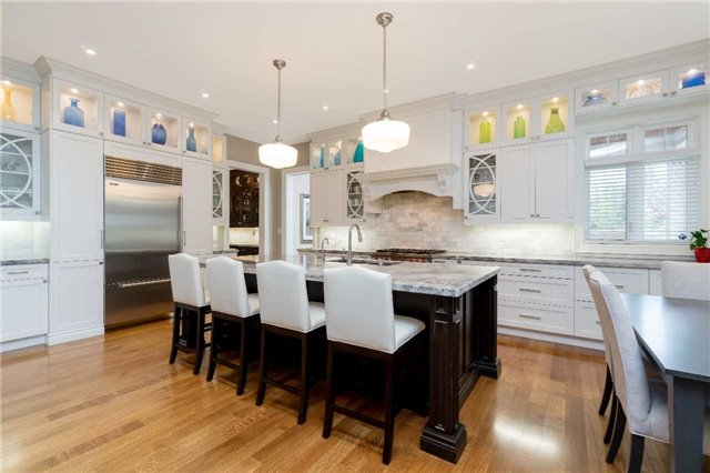 Detached at 1355 Thornhill Dr, Oakville, Ontario. Image 17