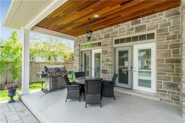 Detached at 1355 Thornhill Dr, Oakville, Ontario. Image 10