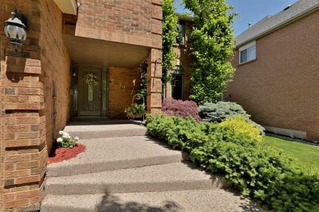 Detached at 1399 Silversmith Dr, Oakville, Ontario. Image 12