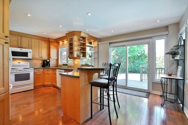 Detached at 1399 Silversmith Dr, Oakville, Ontario. Image 19