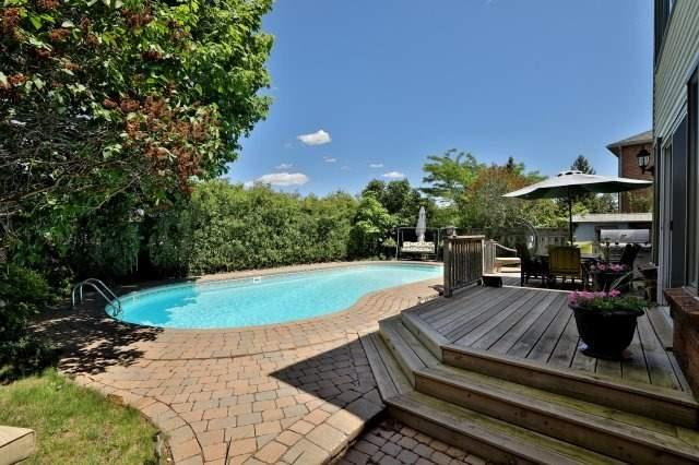 Detached at 1399 Silversmith Dr, Oakville, Ontario. Image 9