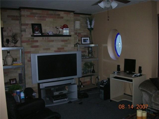 Fourplex at 1392 King St W, Toronto, Ontario. Image 4