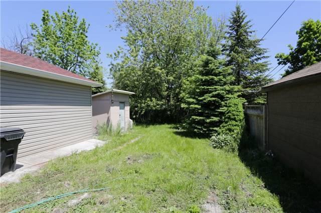 Detached at 149 Royal York Rd, Toronto, Ontario. Image 5