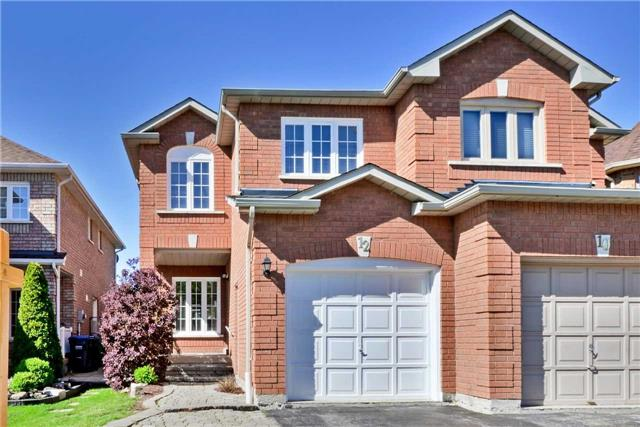 Semi-detached at 12 Coolspring Cres, Caledon, Ontario. Image 1