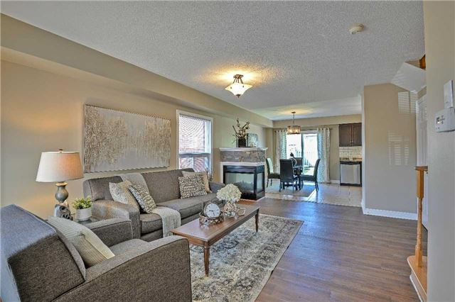 Semi-detached at 12 Coolspring Cres, Caledon, Ontario. Image 14