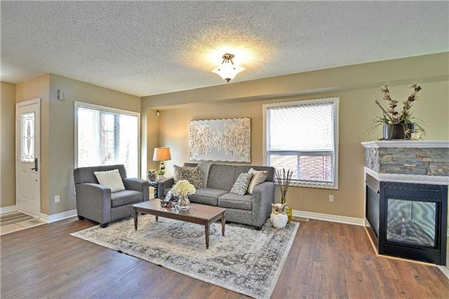 Semi-detached at 12 Coolspring Cres, Caledon, Ontario. Image 15