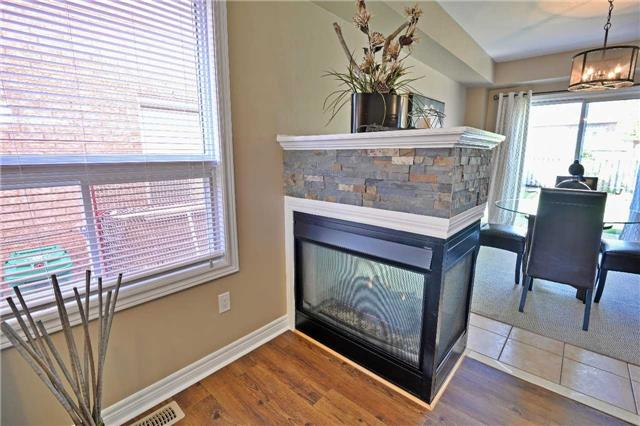 Semi-detached at 12 Coolspring Cres, Caledon, Ontario. Image 16