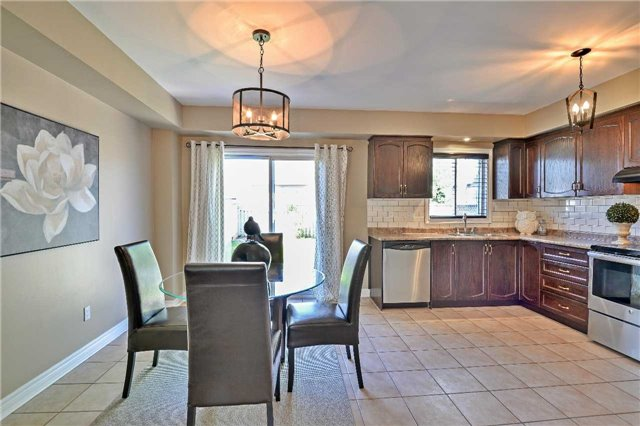 Semi-detached at 12 Coolspring Cres, Caledon, Ontario. Image 17