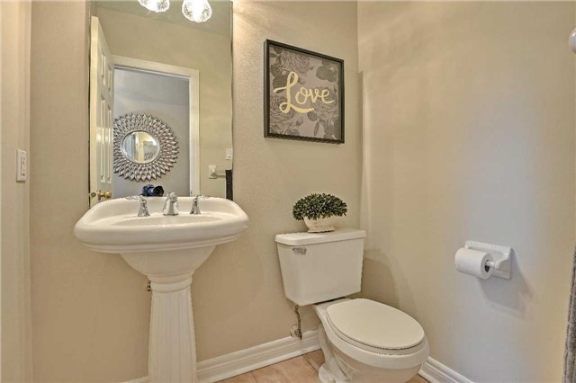 Semi-detached at 12 Coolspring Cres, Caledon, Ontario. Image 2