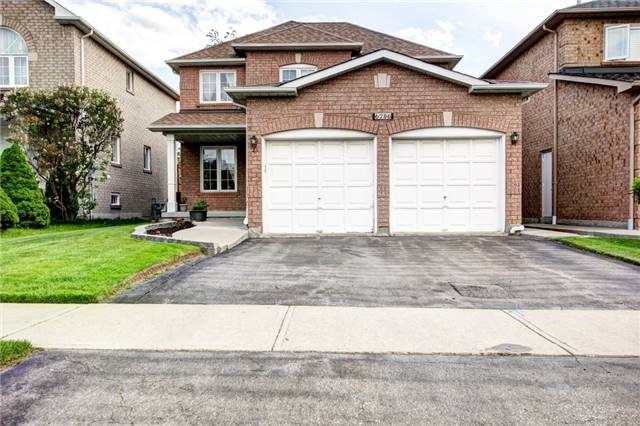 Detached at 6286 Mccovey Dr, Mississauga, Ontario. Image 1